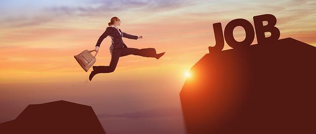 ずっとこのまま?事務職からキャリアアップやキャリアチェンジする方法