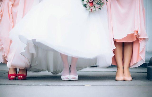 結婚式ではNGの服装マナー6ポイント